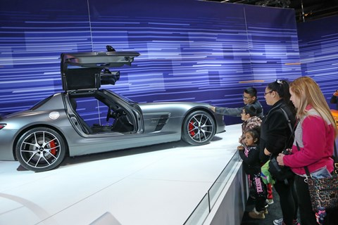 Mercedes-Benz Display