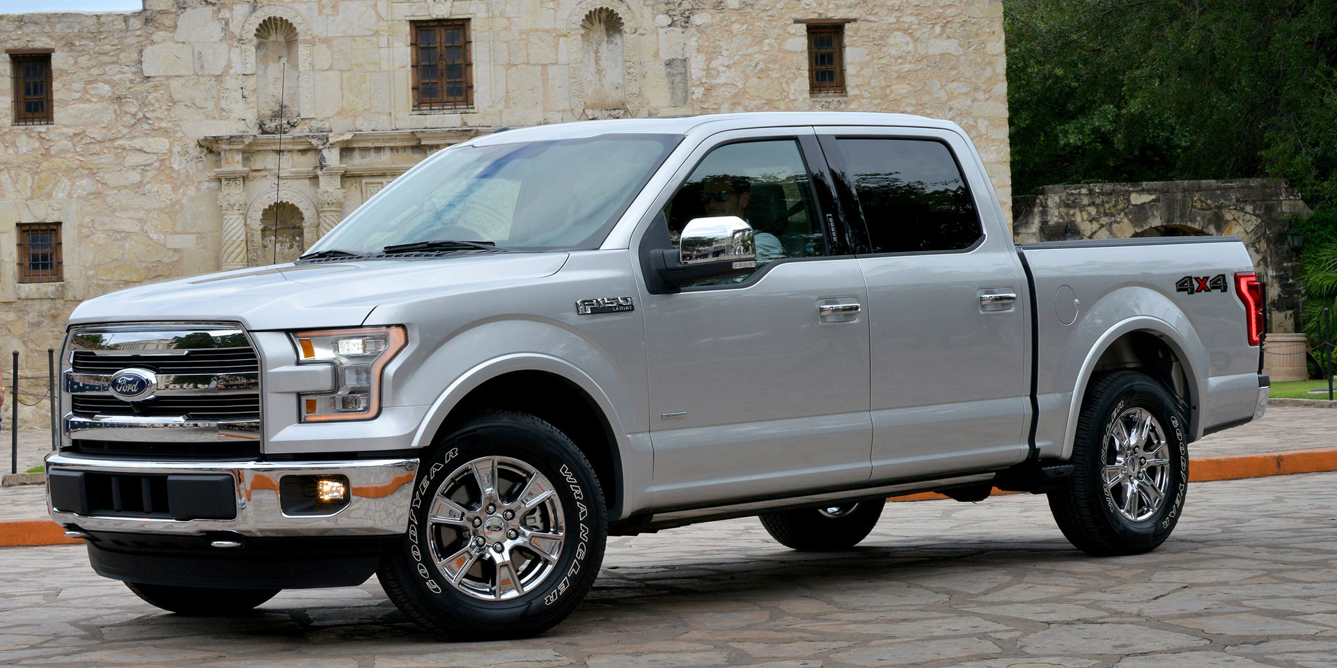 2015 - Ford - F-150 - Vehicles on Display | Chicago Auto ...