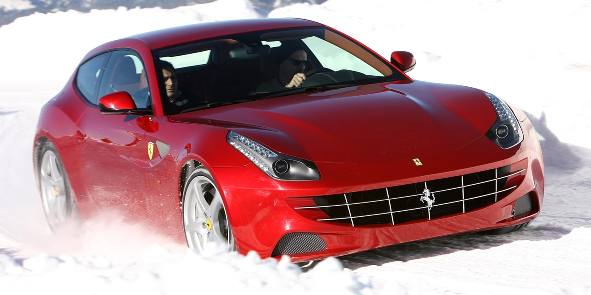 2015 - ferrari - ff - vehicles on display | chicago auto show