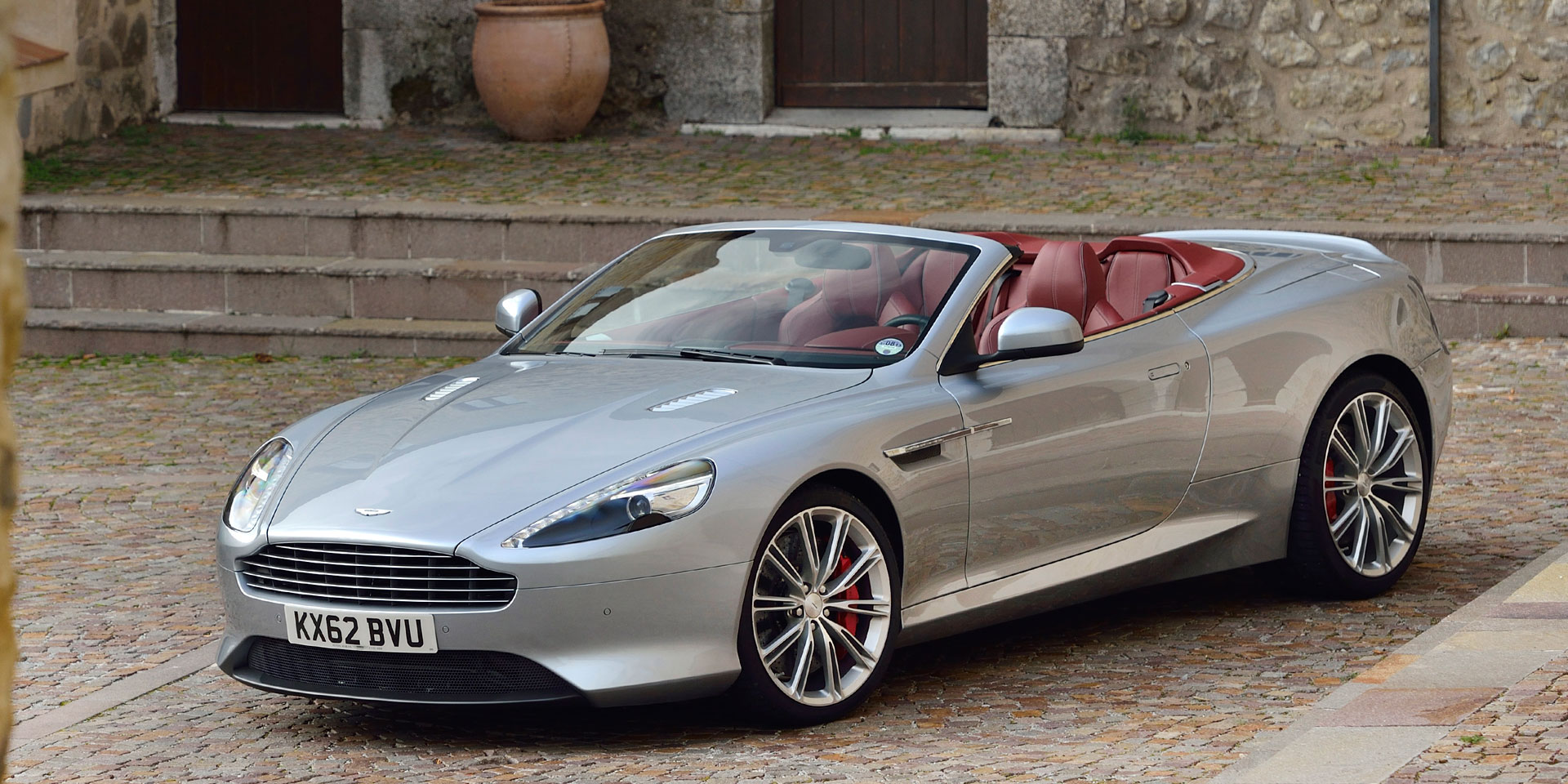 2016 Aston Martin Db9 Gt Volante Vehicles On Display