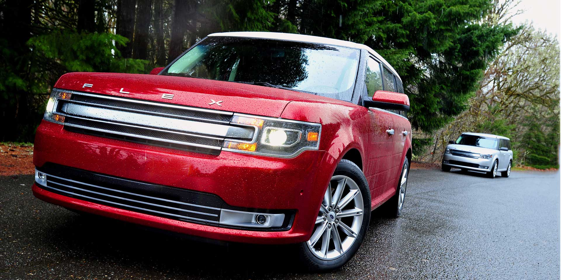 ford flex vehicles  display chicago auto show