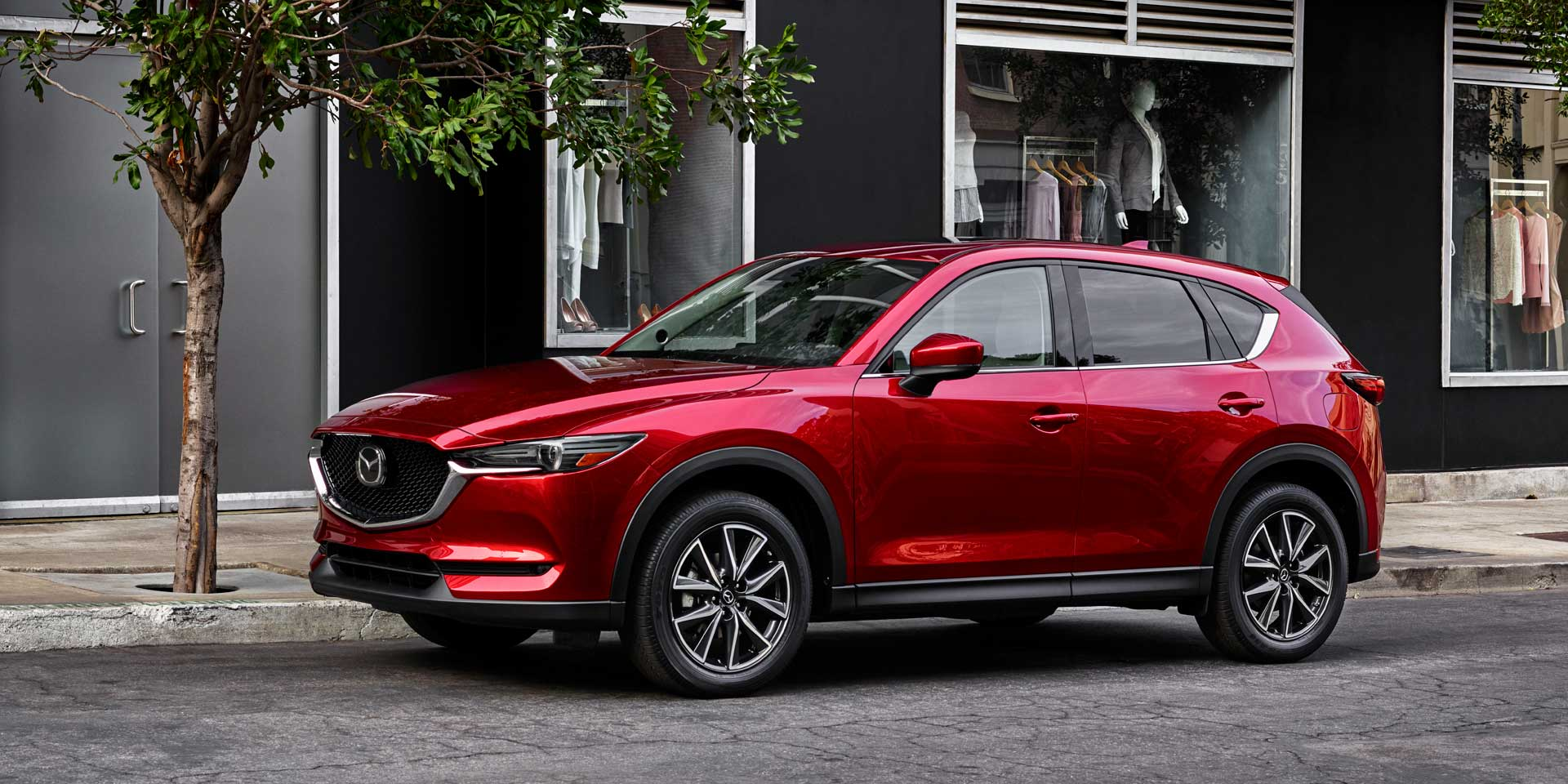 2017 mazda cx 5 vehicles on display chicago auto show. Black Bedroom Furniture Sets. Home Design Ideas