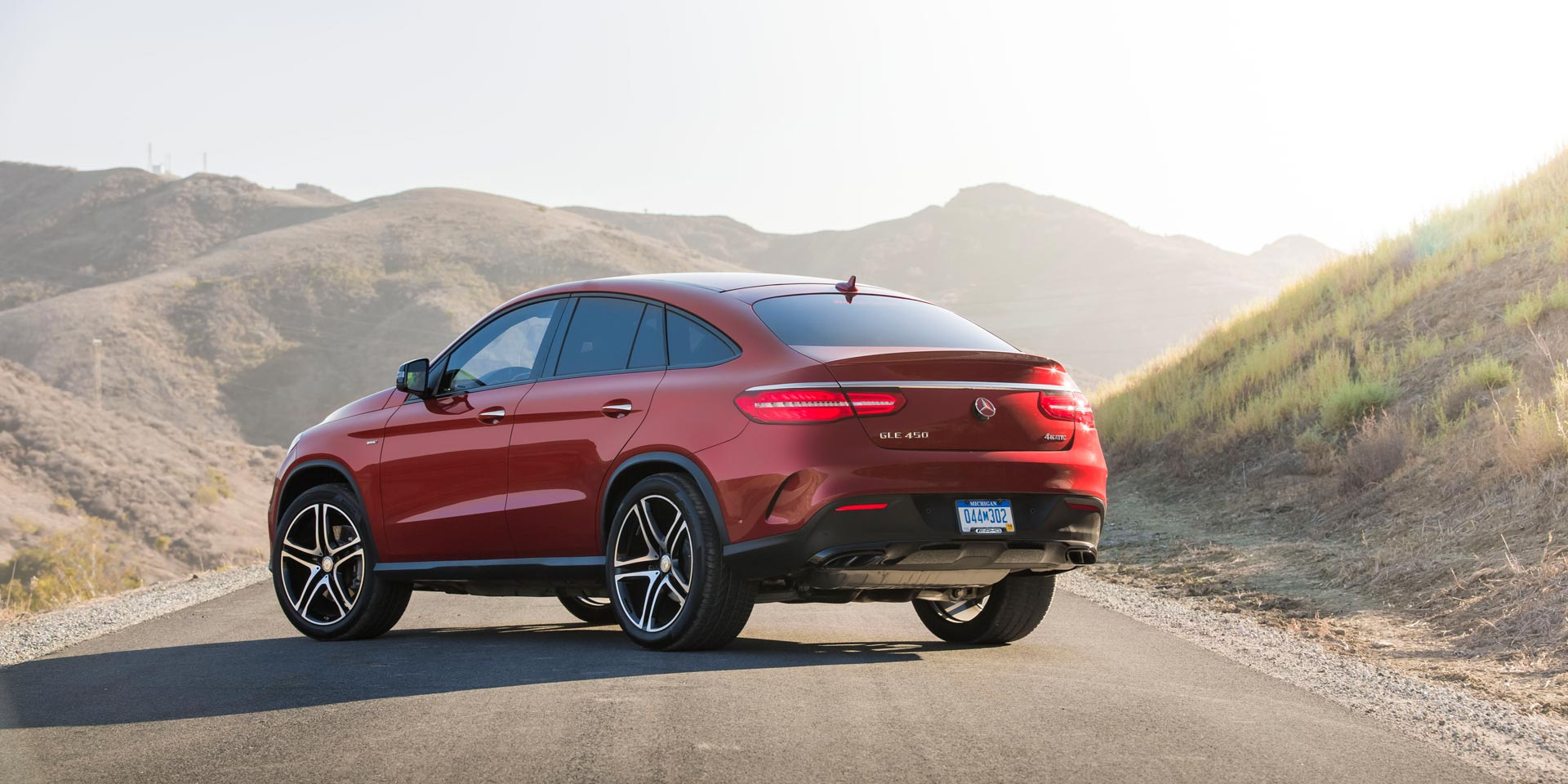 2017 mercedes benz gle vehicles on display chicago for 2017 mercedes benz gle class configurations