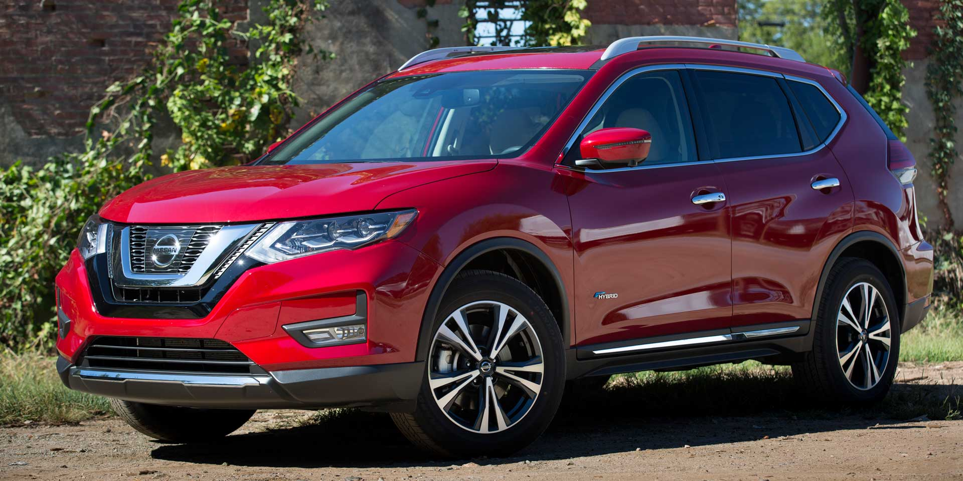 2017 Nissan Rogue Vehicles On Display Chicago Auto