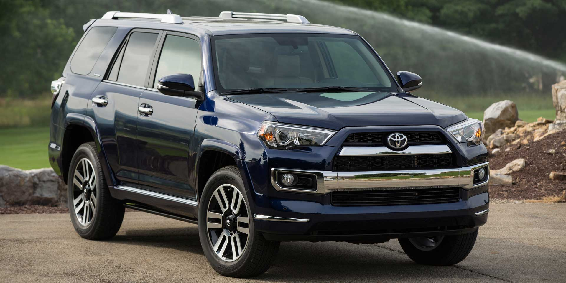 2017 toyota 4runner vehicles on display chicago auto show. Black Bedroom Furniture Sets. Home Design Ideas