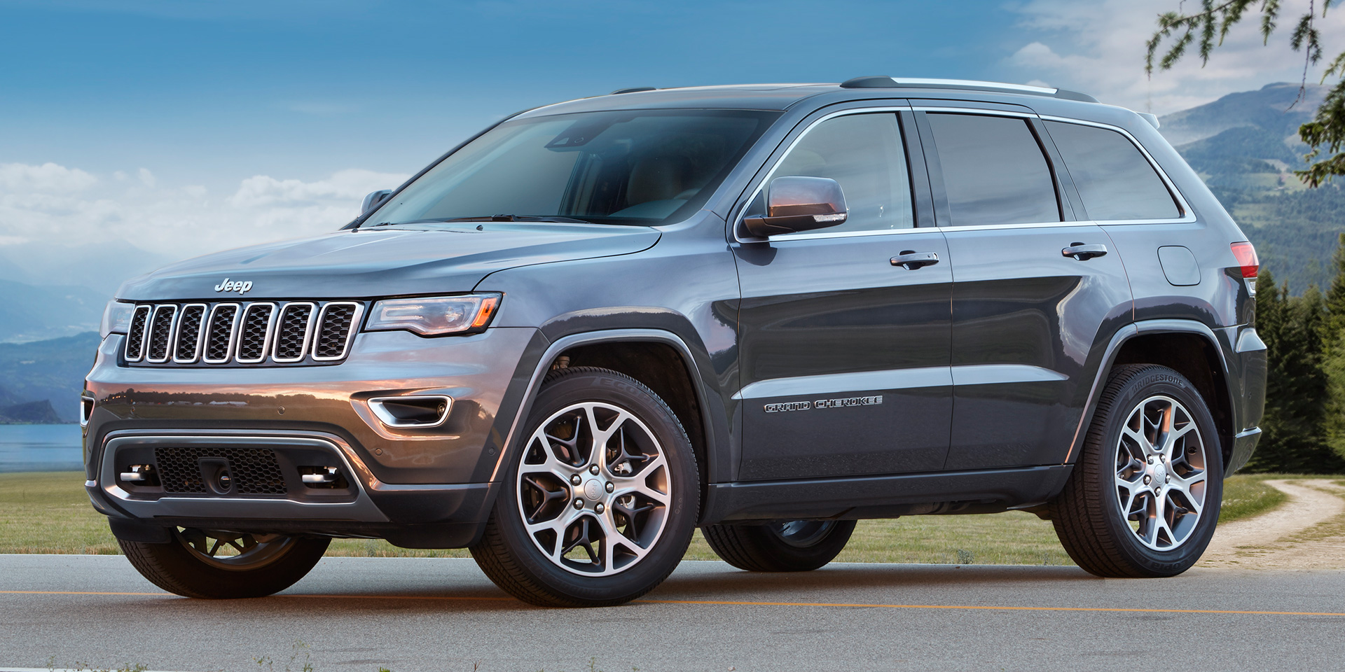 2018 - Jeep - Grand Cherokee - Vehicles on Display ...