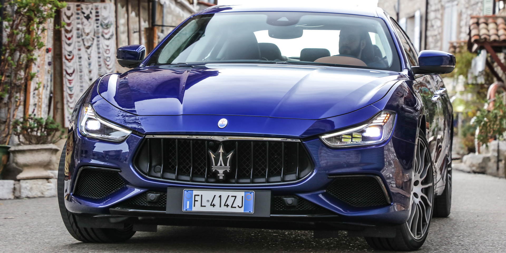 2018 maserati ghibli vehicles on display chicago auto show. Black Bedroom Furniture Sets. Home Design Ideas