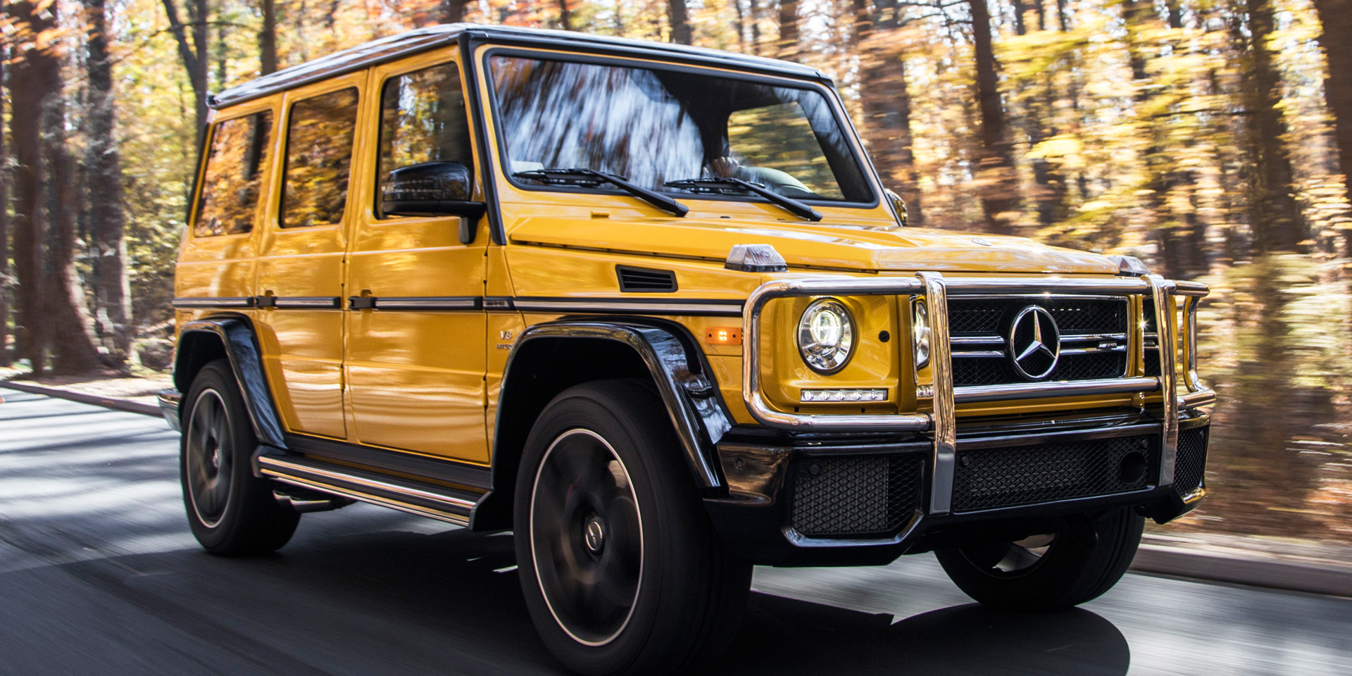 2018 mercedes benz g vehicles on display chicago for Mercedes benz g class pictures