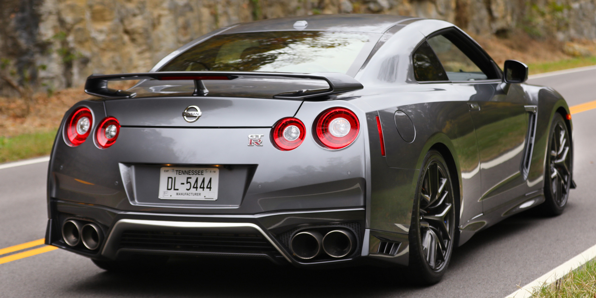 2018 - Nissan - GT-R - Vehicles on Display | Chicago Auto Show