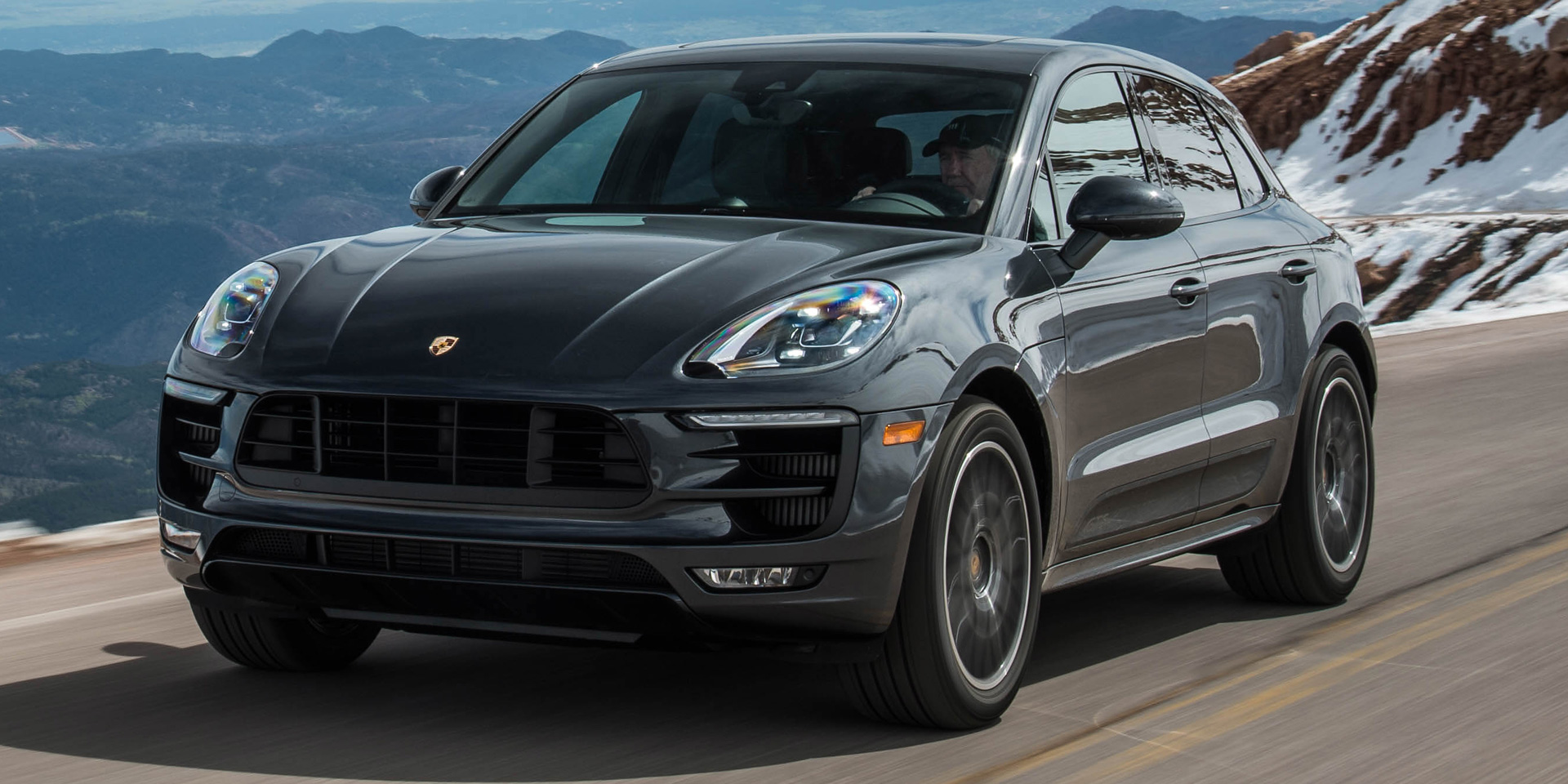 2018 Porsche Macan Vehicles On Display Chicago