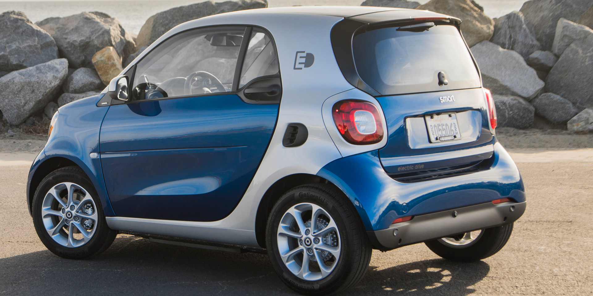 2018 Smart Fortwo Vehicles On Display Chicago Auto