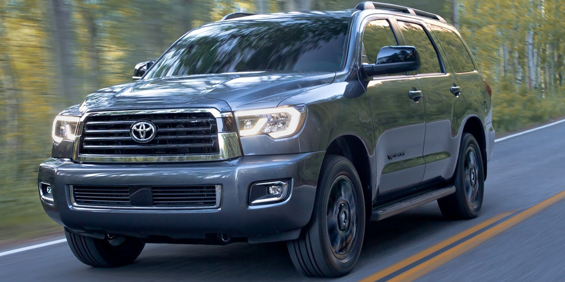 2018 toyota sequoia vehicles on display chicago auto show. Black Bedroom Furniture Sets. Home Design Ideas