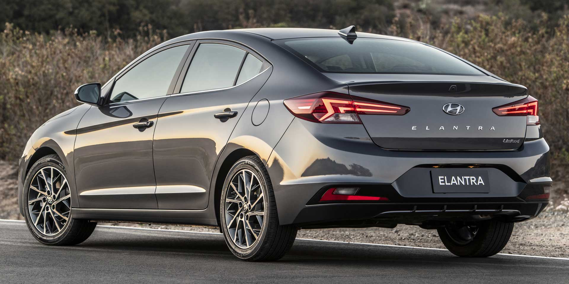 2019 Hyundai Elantra Vehicles On Display Chicago