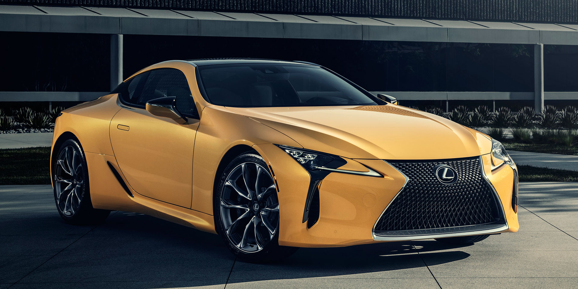 Lexus Sport Coupe >> 2019 - Lexus - LC - Vehicles on Display | Chicago Auto Show