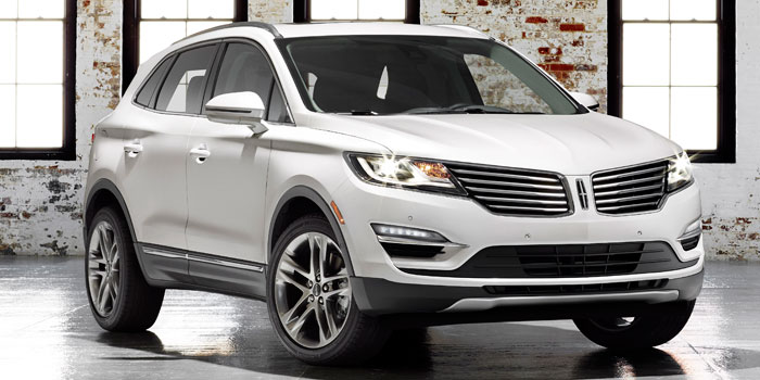 2015-Lincoln-MKC-Exterior-Front-700