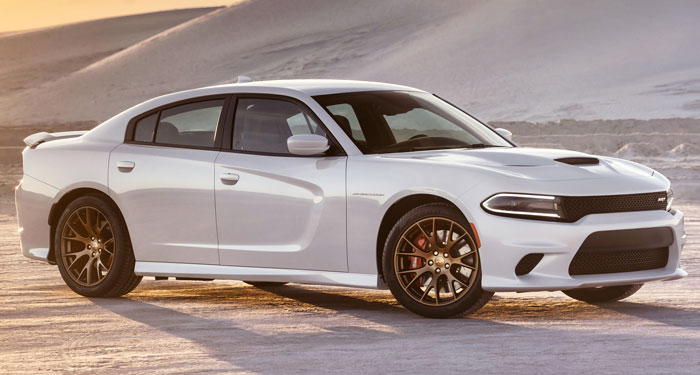2016-Dodge-Charger-Hellcat-front