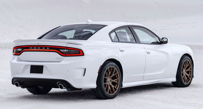 2016-Dodge-Charger-Hellcat-rear